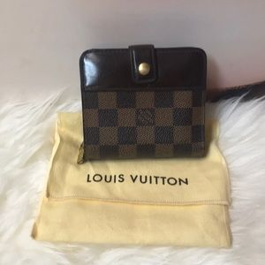 Louis Vuitton Damier Ebene  small wallet.